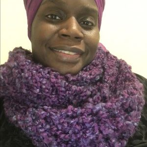 A lovely hand knitted circular(infinity)scarf